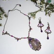Parure Collier camé violet avec perles de cristal sur chaine bronze